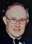 Robert E.  Lynn Sr.