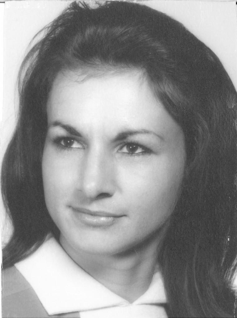 Lynda Ruth Albright