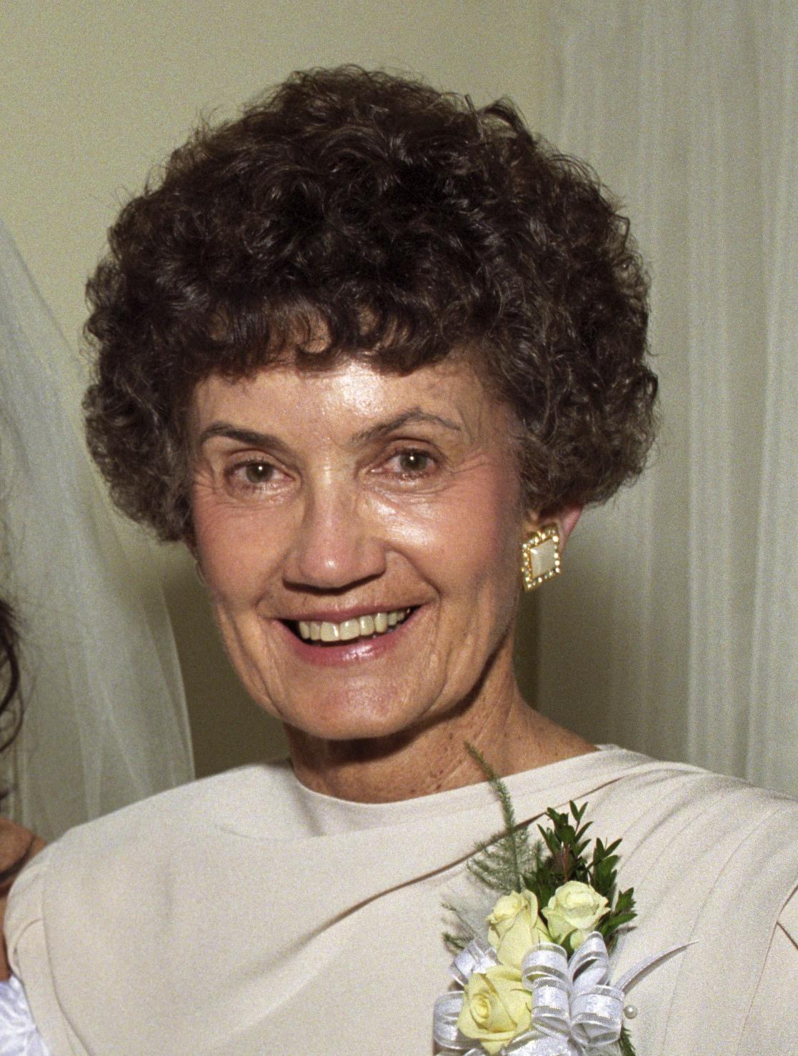 Katie Dell Obituary, Clarkston, MI