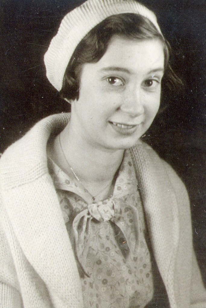Mary Elizabeth Sustello