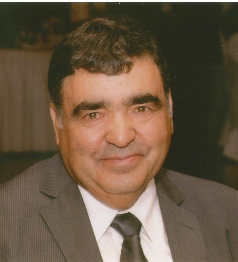 Carlos A Farias