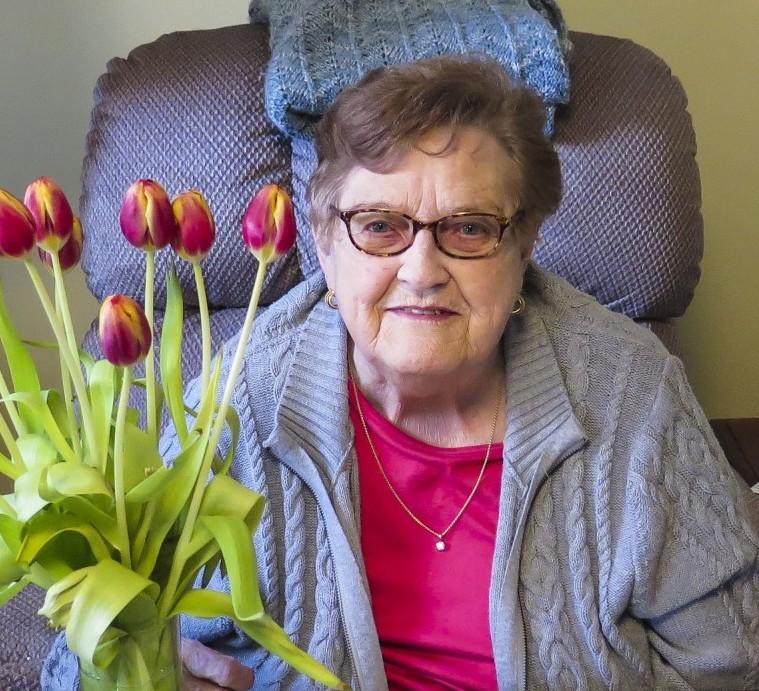 Mary Jo E. Dizek